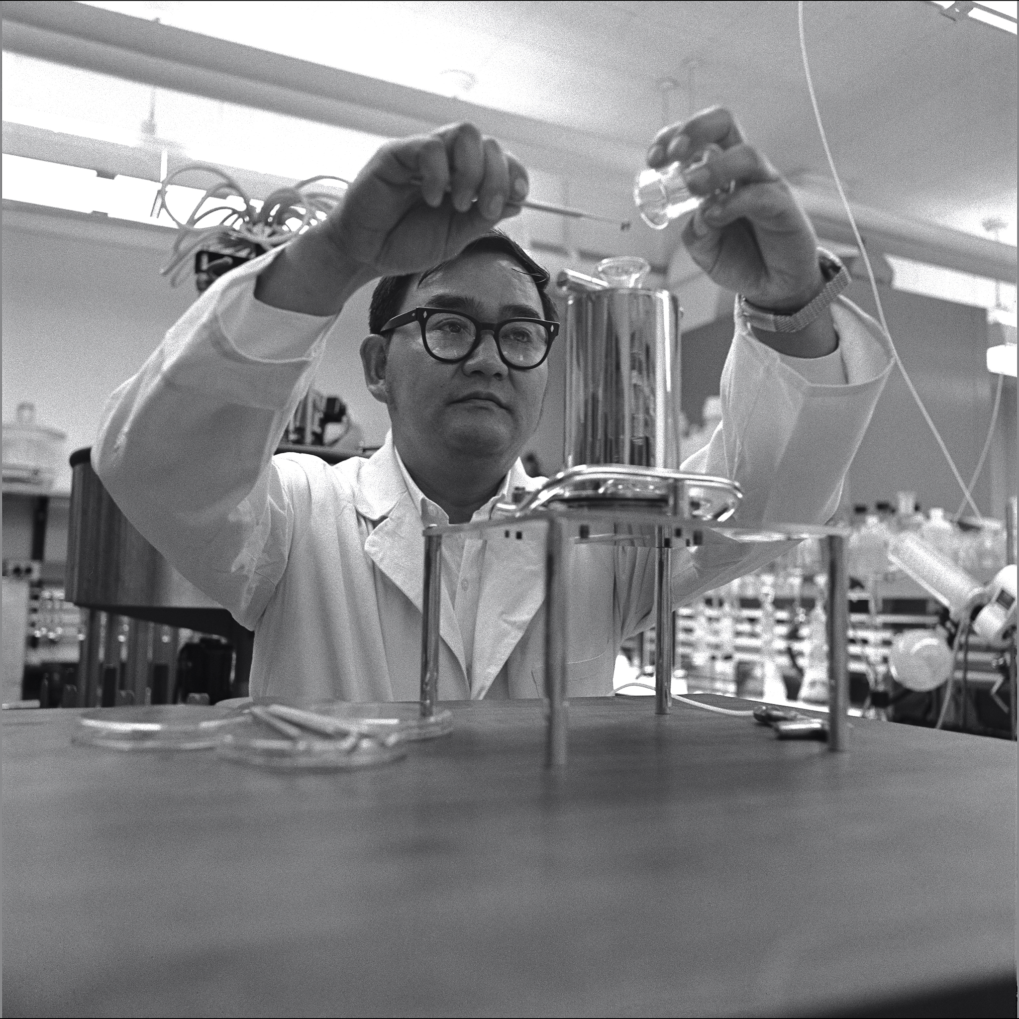 Life Detection Systems Branch Chief Vance Oyama Examines Apollo 11 Samples