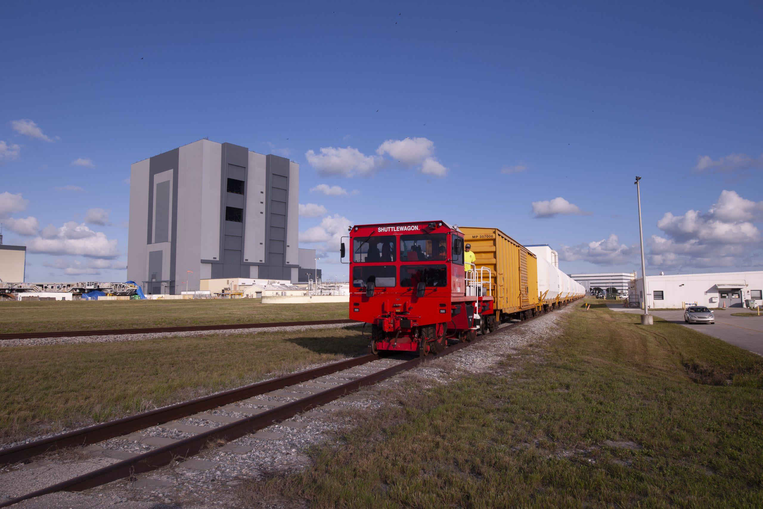 Rocket Motors for First NASA Artemis Moon Mission Arrive at Spaceport